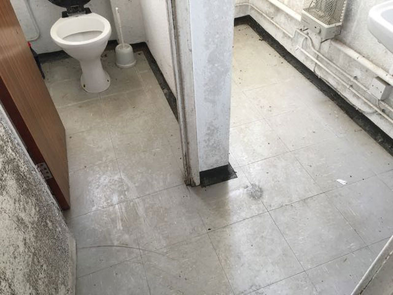 Vinyl Floor Tiles / Coverings